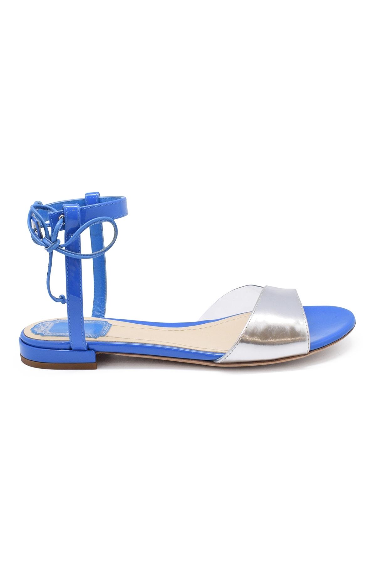 Versatile sandals