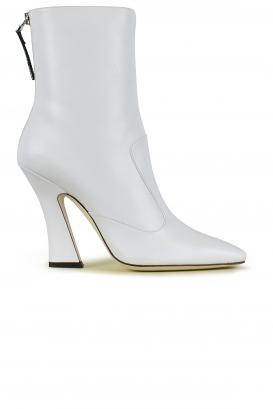 Boots Fendi in white