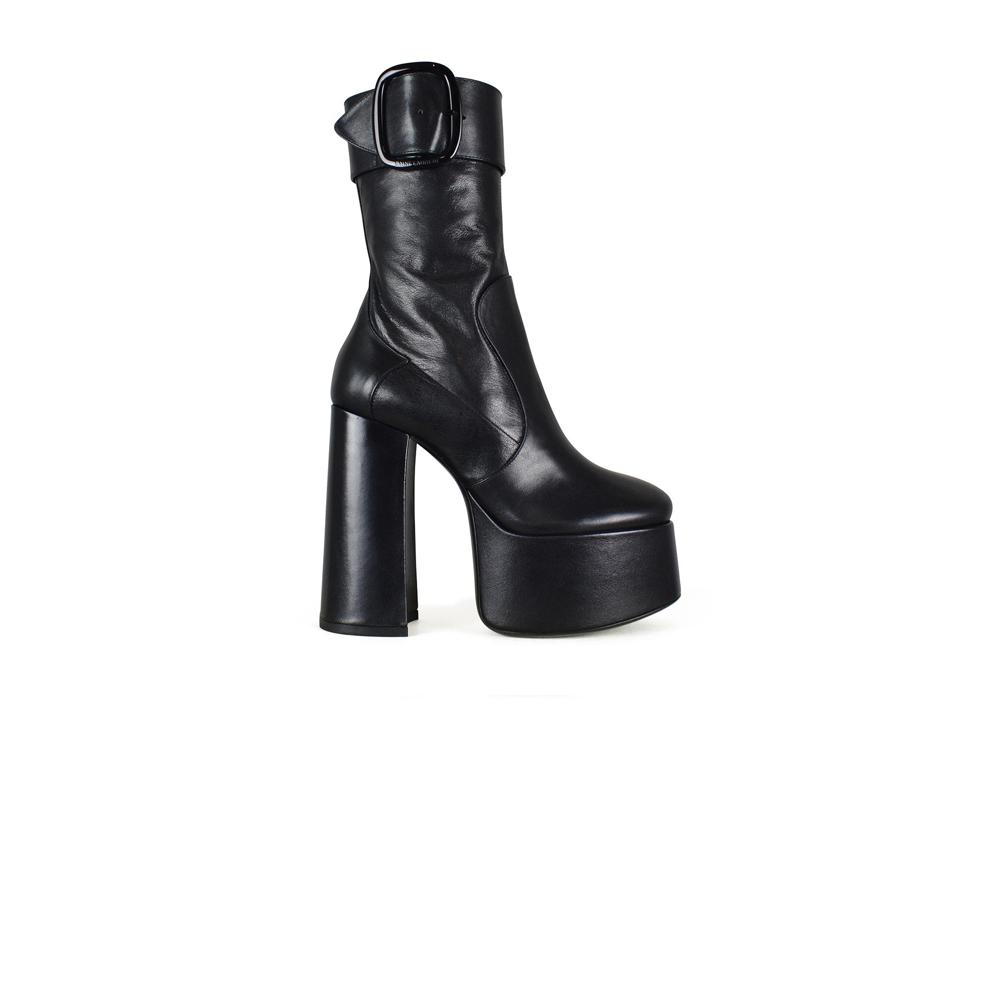 Bottines Billy Saint Laurent en cuir noir à plateforme.