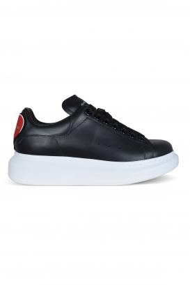 Alexander McQueen sneakers in smooth black calfskin.
