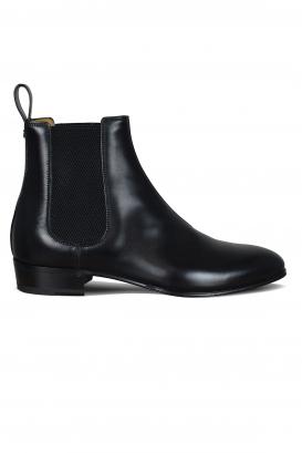 Gucci boots in black calfskin.