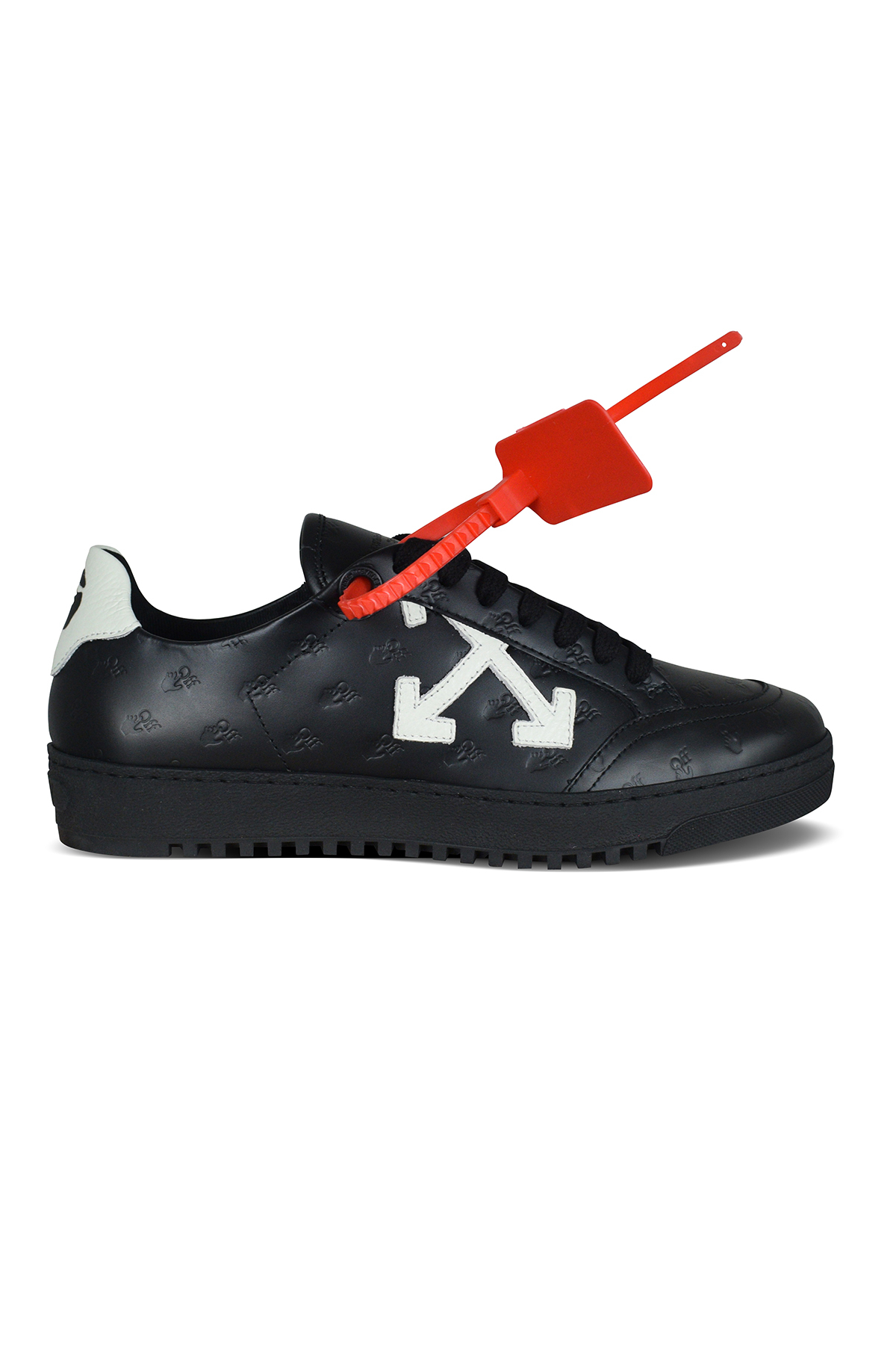 Low Vulcanized Off-White sneakers in black leather with embossed logo.
