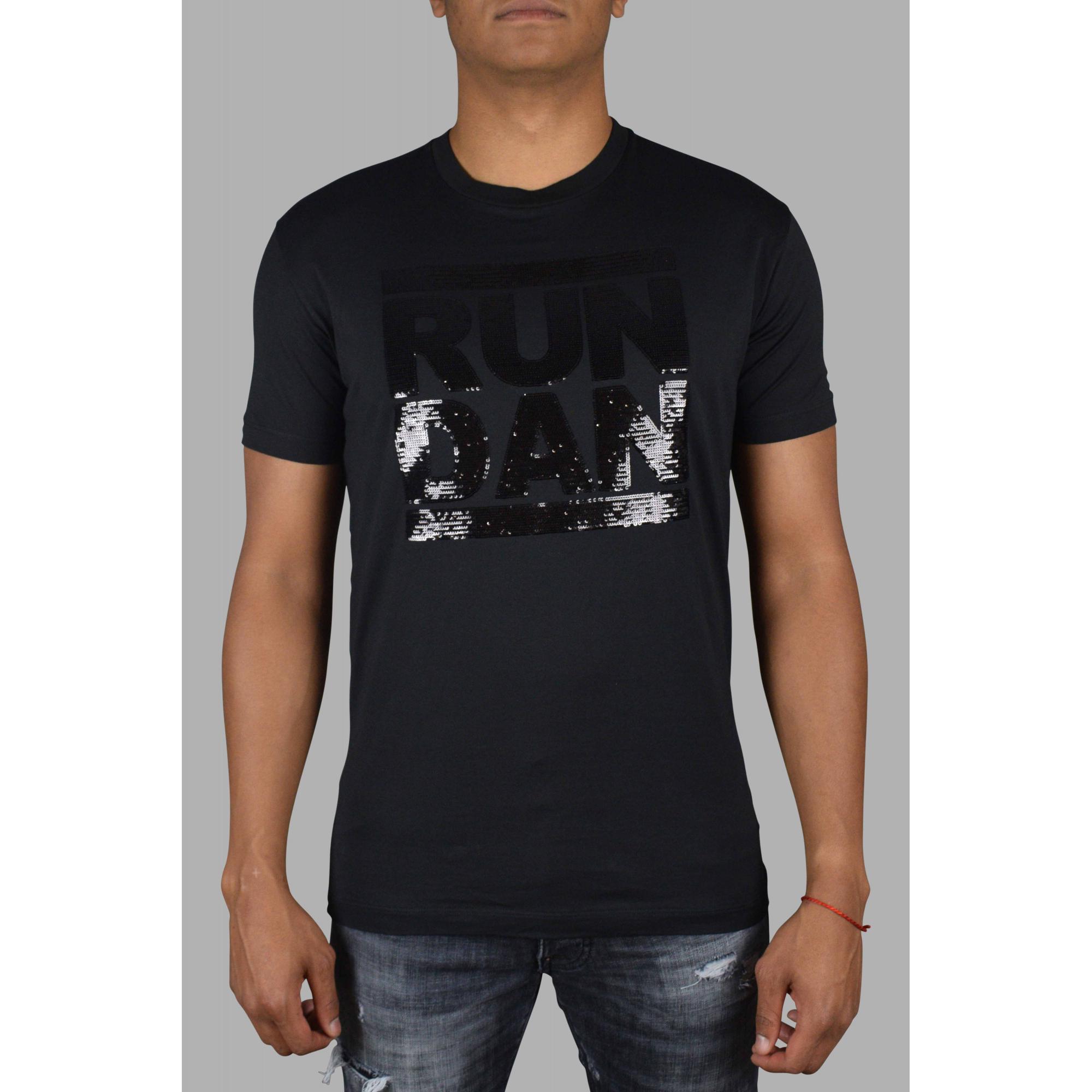 RUN DAN embroidered t-shirt.