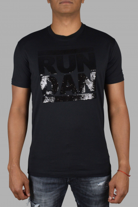 RUN DAN embroidered t-shirt.