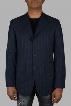 Prada jacket in navy blue cotton.