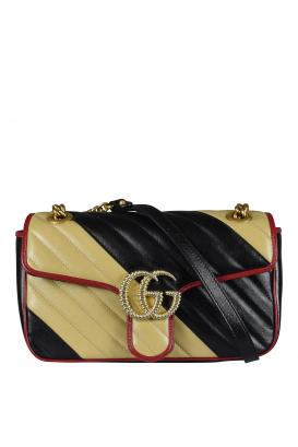 Gucci shoulder bag in beige and black quilted gg marmont quilted leather.