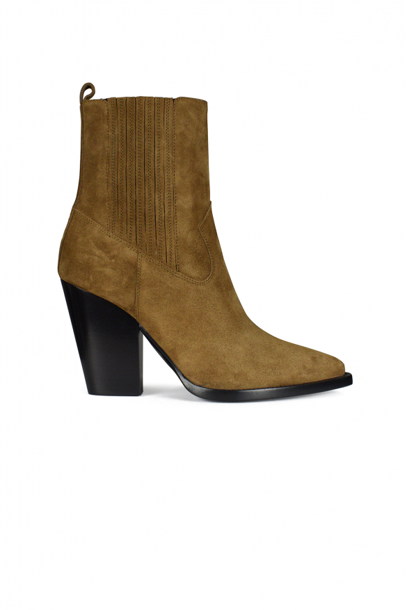 Saint Laurent Theo Chelsea boots in camel suede.