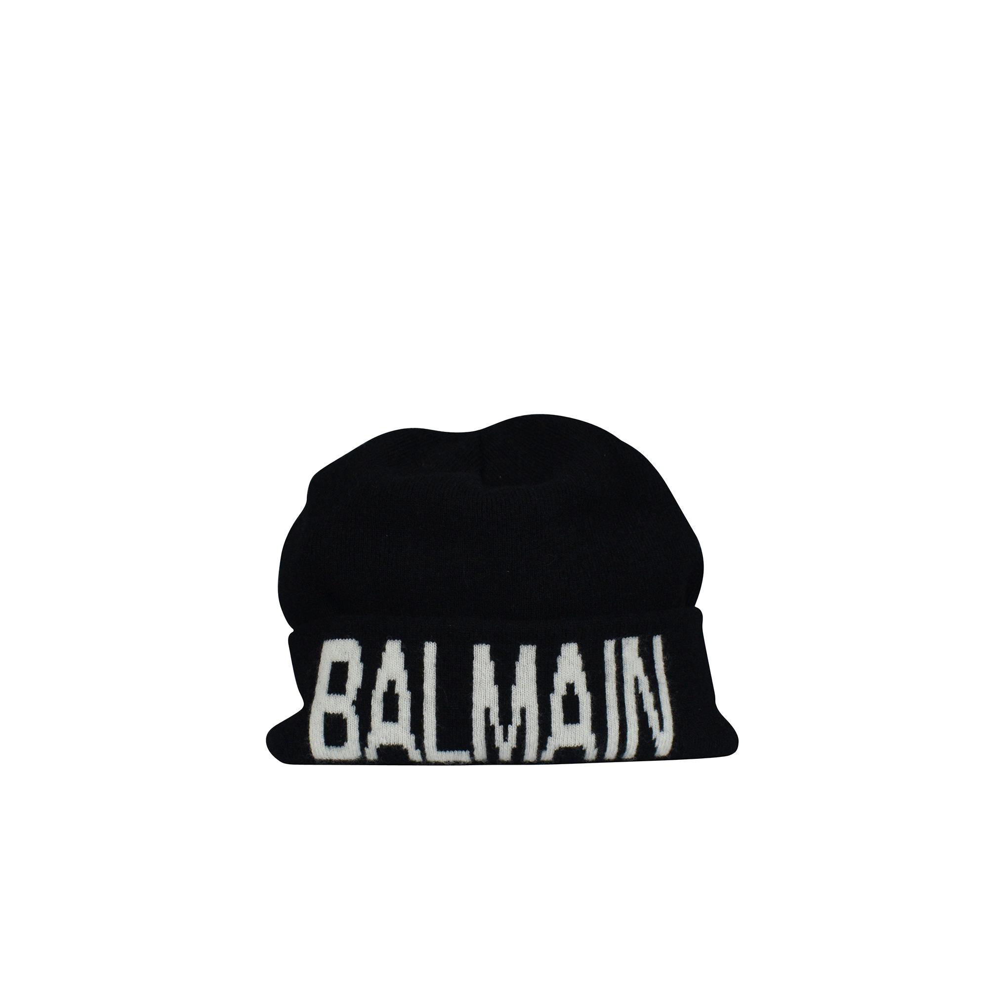 Black Balmain beanie.